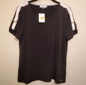 New!! Calvin Klein top with goldtone detail sleeve